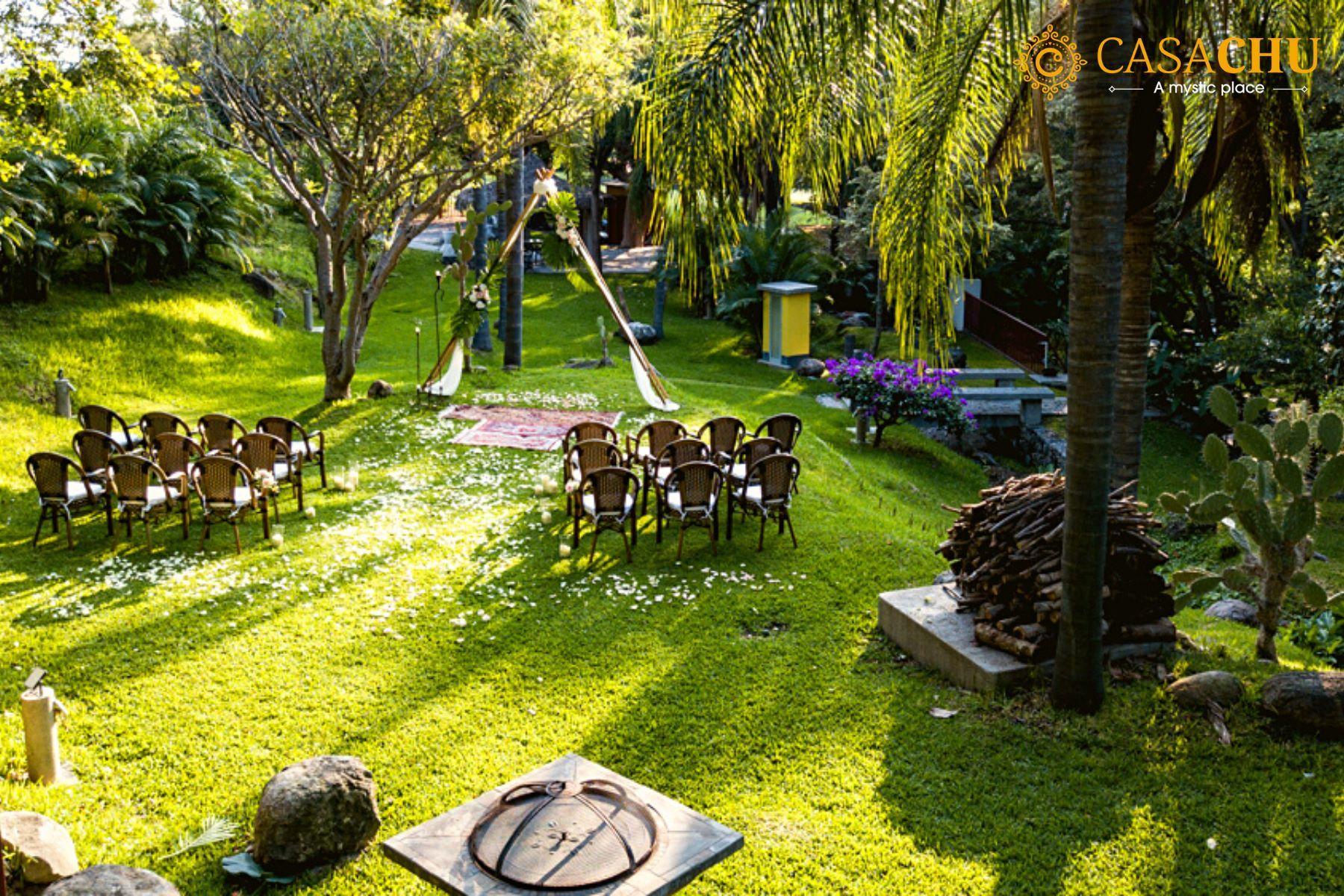 La Pagoda Garden
