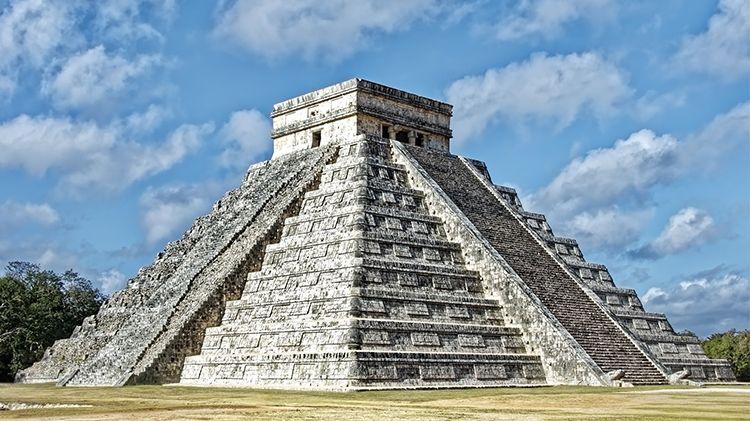 Visit Chichén Itzá