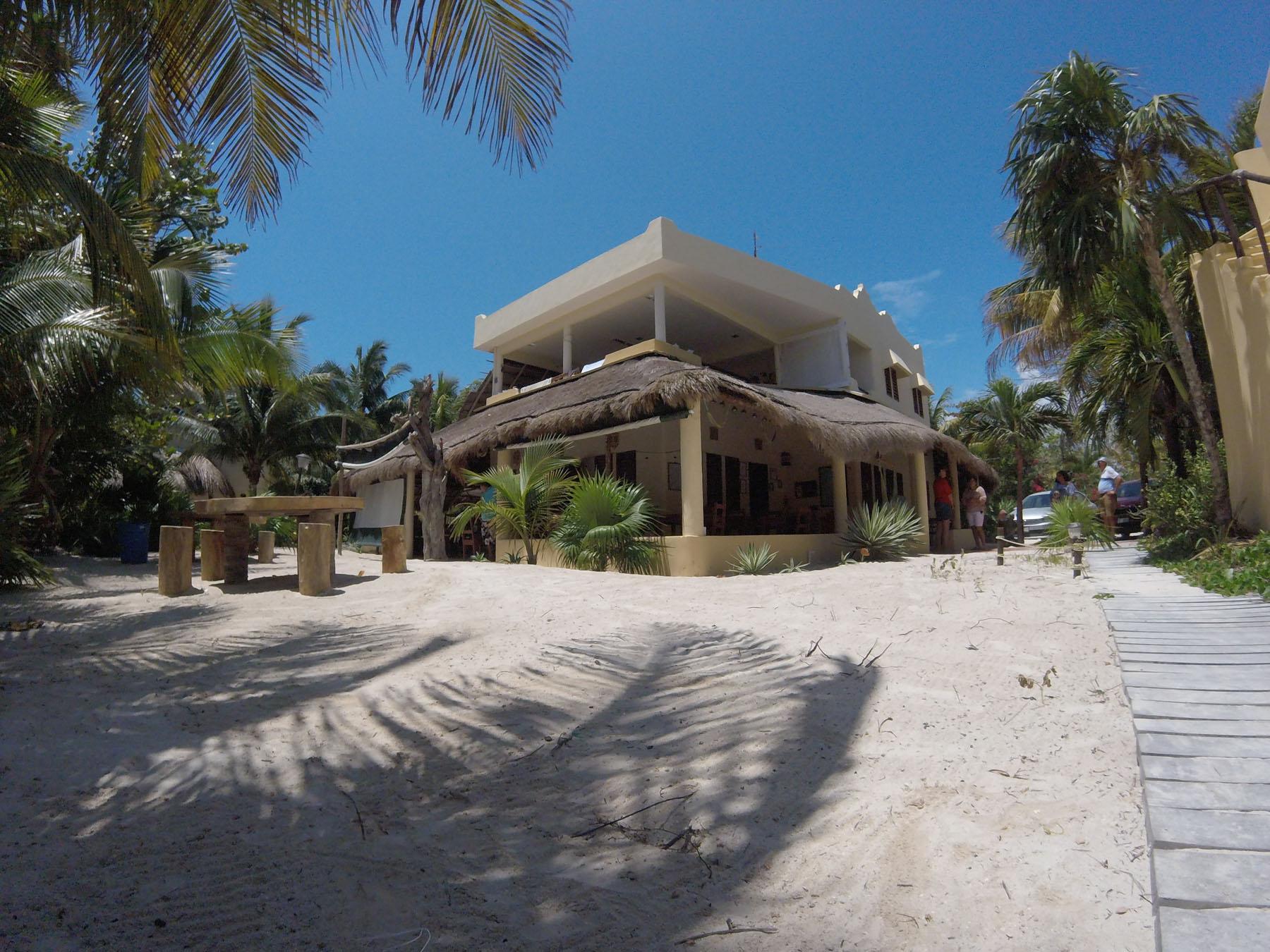 Hotel Maya Luna & Restaurante Photo