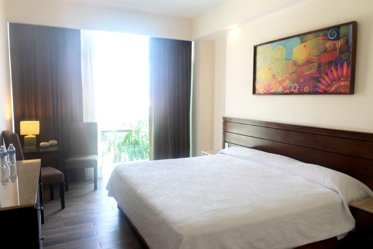 BLAZE Hotel & Suites Vallarta Master suite