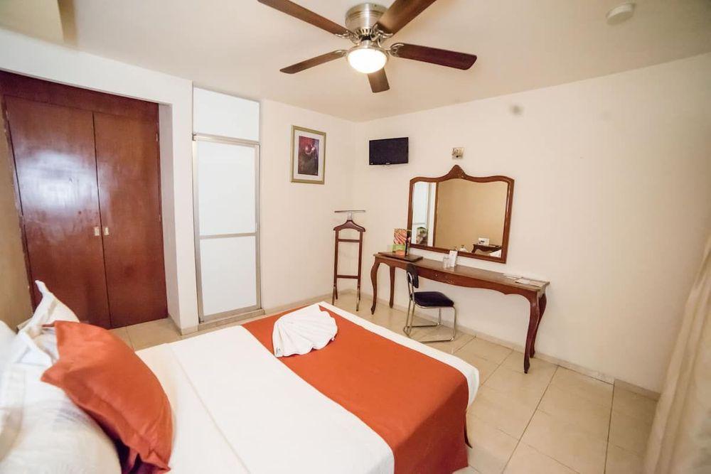 Hotel Elizabeth Central Sencilla