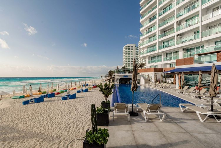 Ocean Dream Cancún by GuruHotel Photo