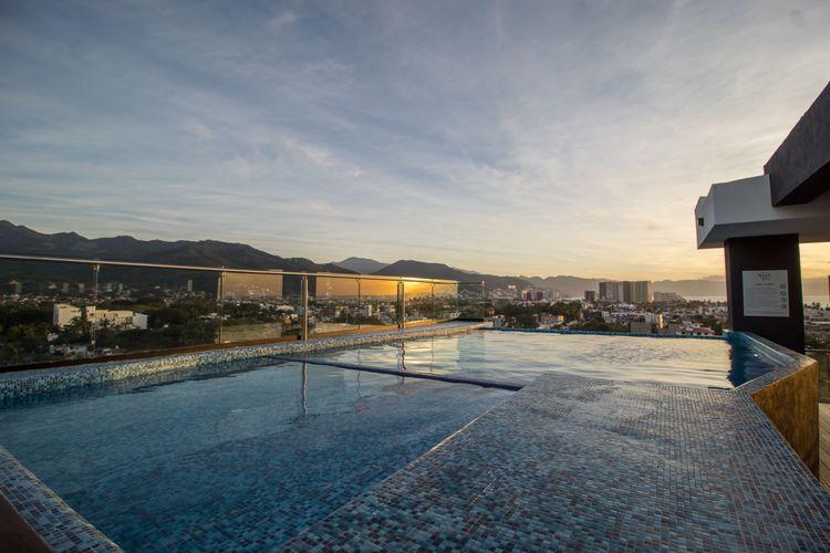 Niza Five Luxury Beach Apartments  Photo