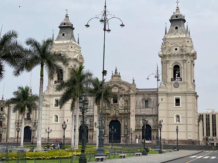 Hostal Plaza Mayor Lima Photo