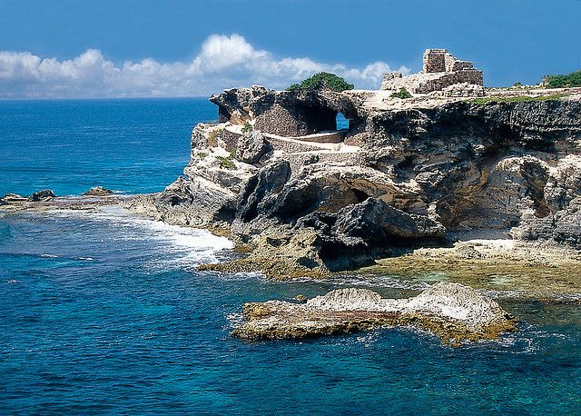 Visit the temple of the Ixchel the goddess of fertility