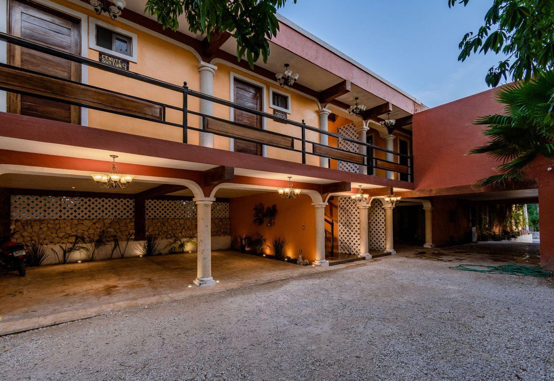 El Zaguán Colonial by GuruHotel