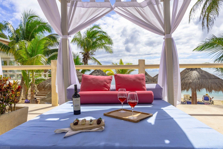 PA Hotel & Beach Club by GuruHotel