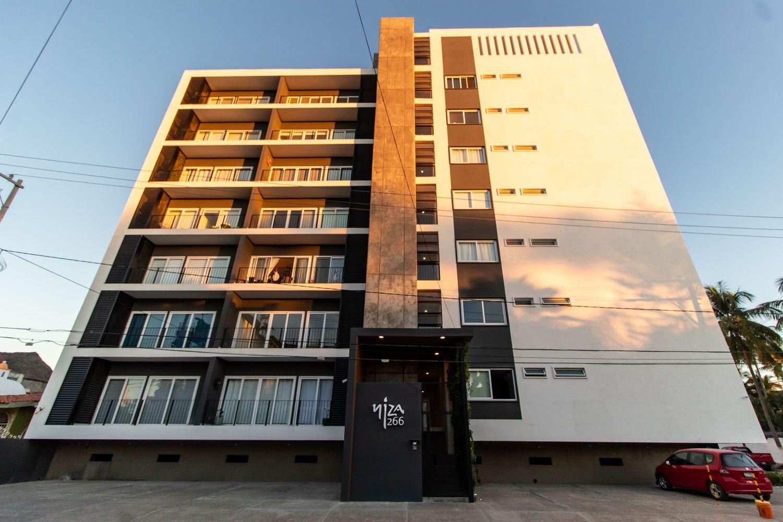 Niza Five Luxury Beach Apartments